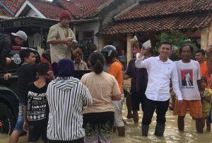 Bantuan Korban Banjir Berdatangan